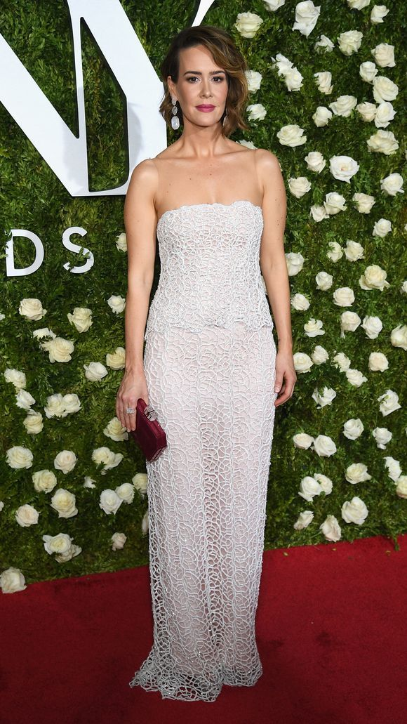 tonyawards2017_sarah-paulson